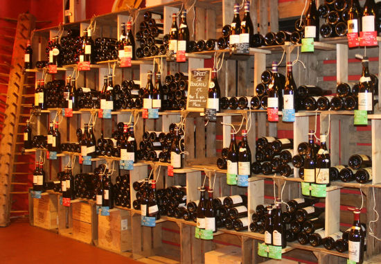 Cave vin originale - Amenagement bar a vin ...